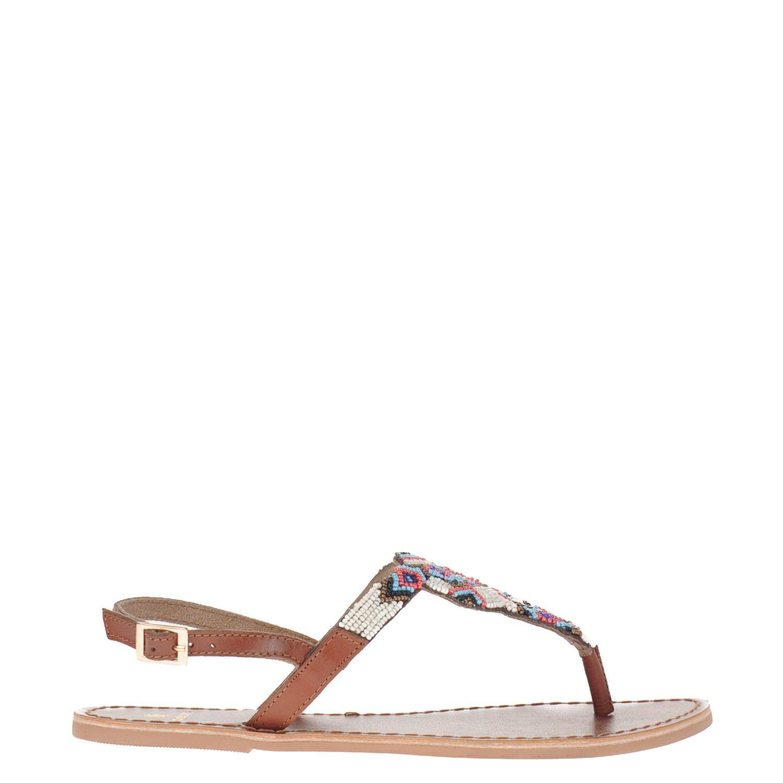 Dames sandaal van het merk pieces uitgevoerd in leer. de sandaal heeft een voering en voetbed van leer....