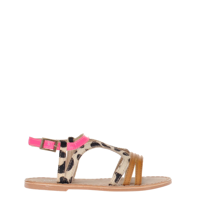 Meisjes sandaal van het merk little pieces uitgevoerd in een combinatie van leer en pony. de sandaal heeft ...