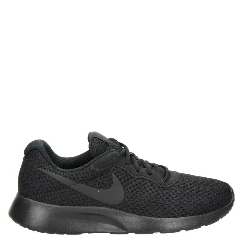 Nike Tanjun lage sneakers zwart