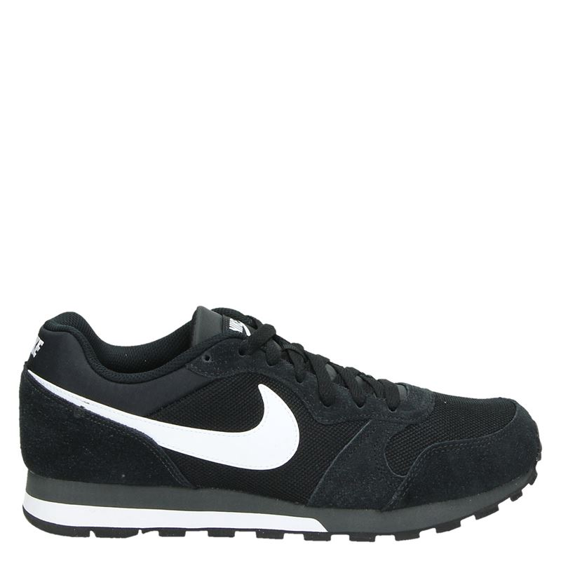 Nike MD Runner 2 lage sneakers zwart