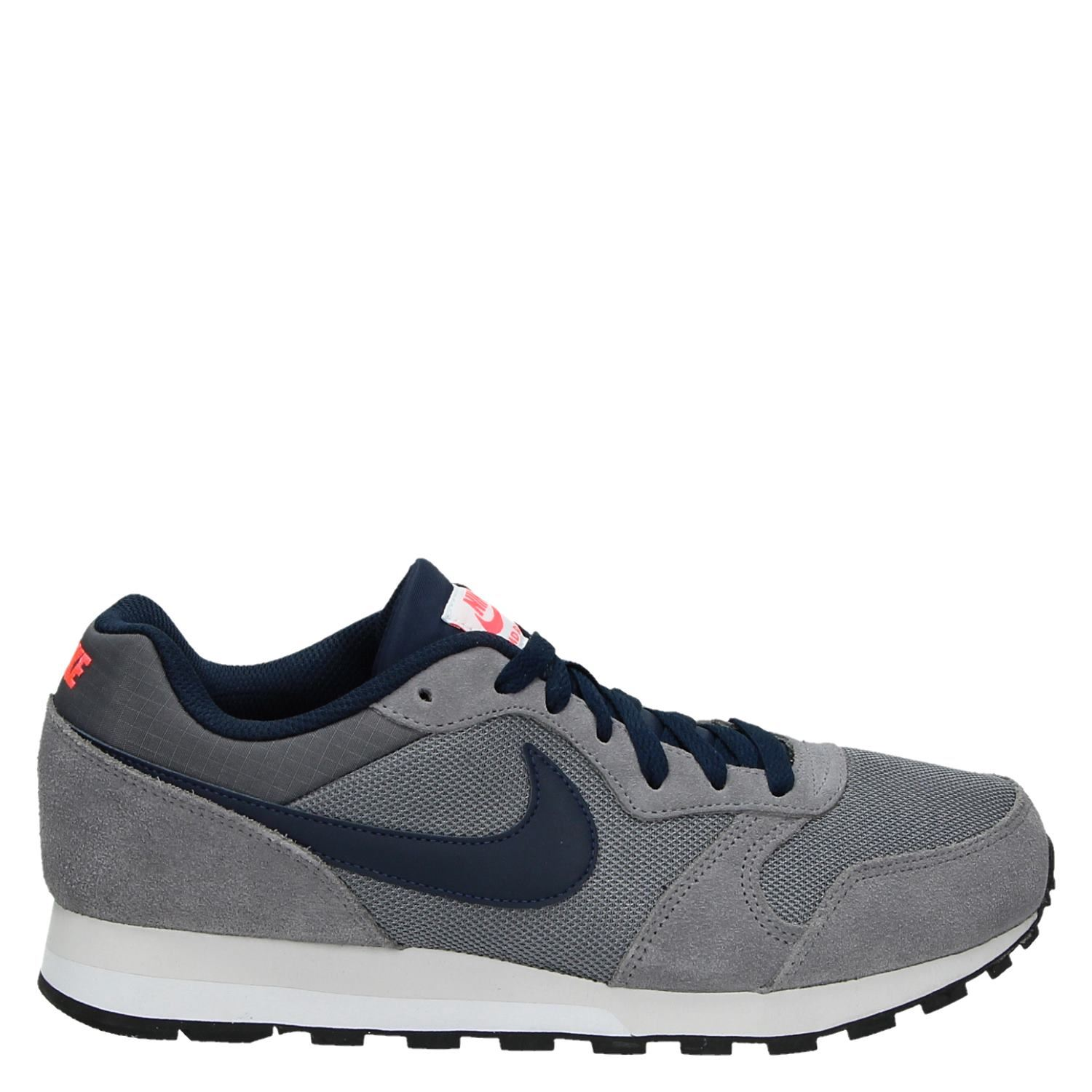 new styles 6959c 646ca Nike MD Runner 2 heren lage sneakers grijs