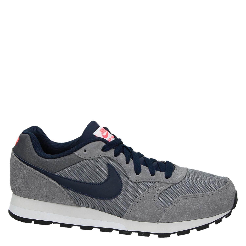 Nike MD Runner herensneaker grijs