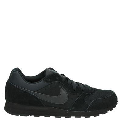 4befae07db7 Nike MD Runner 2 heren lage sneakers zwart