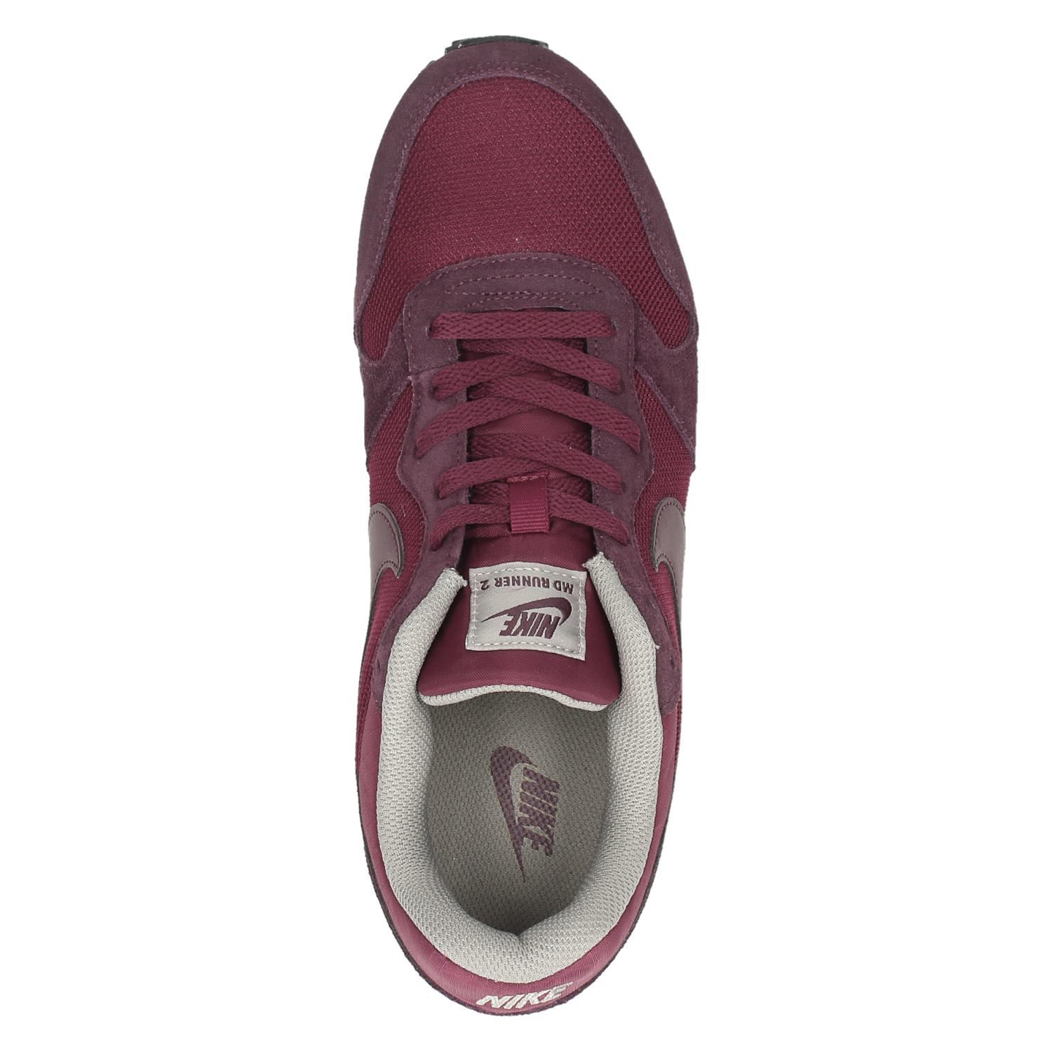 73e32162f57 Nike MD Runner 2 heren lage sneakers. Previous