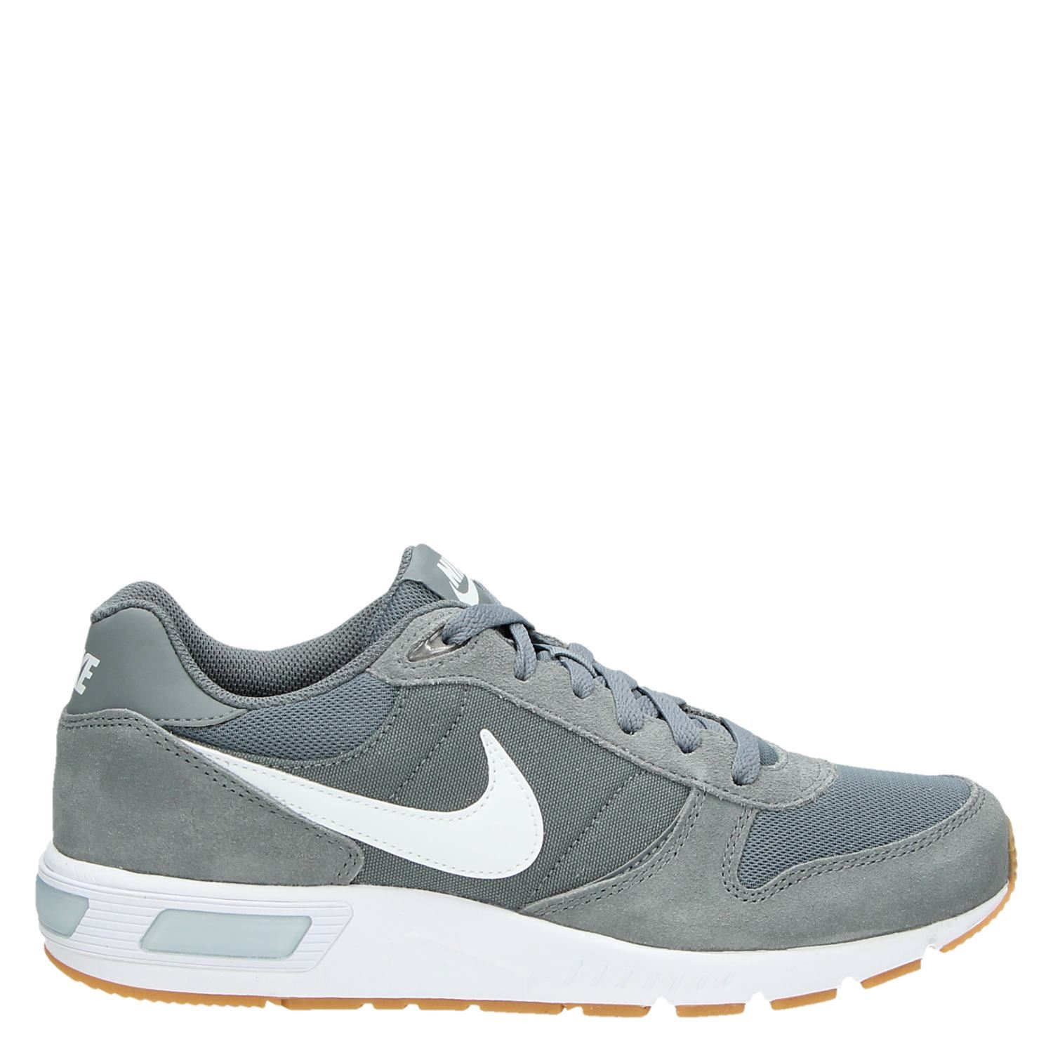 Gris Chaussures Nike Sb Collection Taille 37 Hommes ADB3T9MO