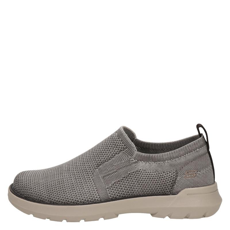 Skechers Oswyn Fly - Lage sneakers - Bruin
