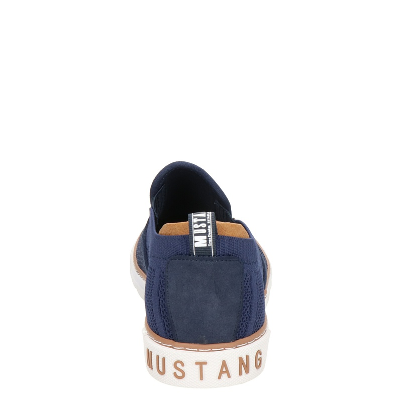 Mustang - Instapschoenen - Blauw