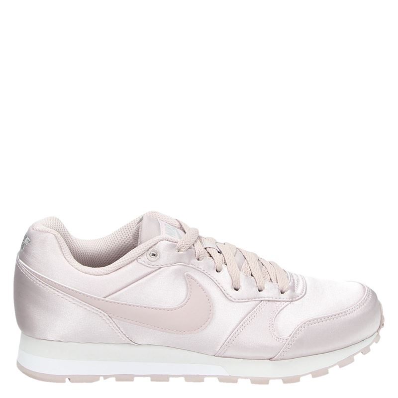 Nike MD Runner 2 lage sneakers roze