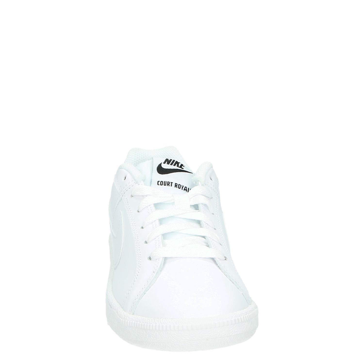Nike Court Royale dames lage sneakers wit