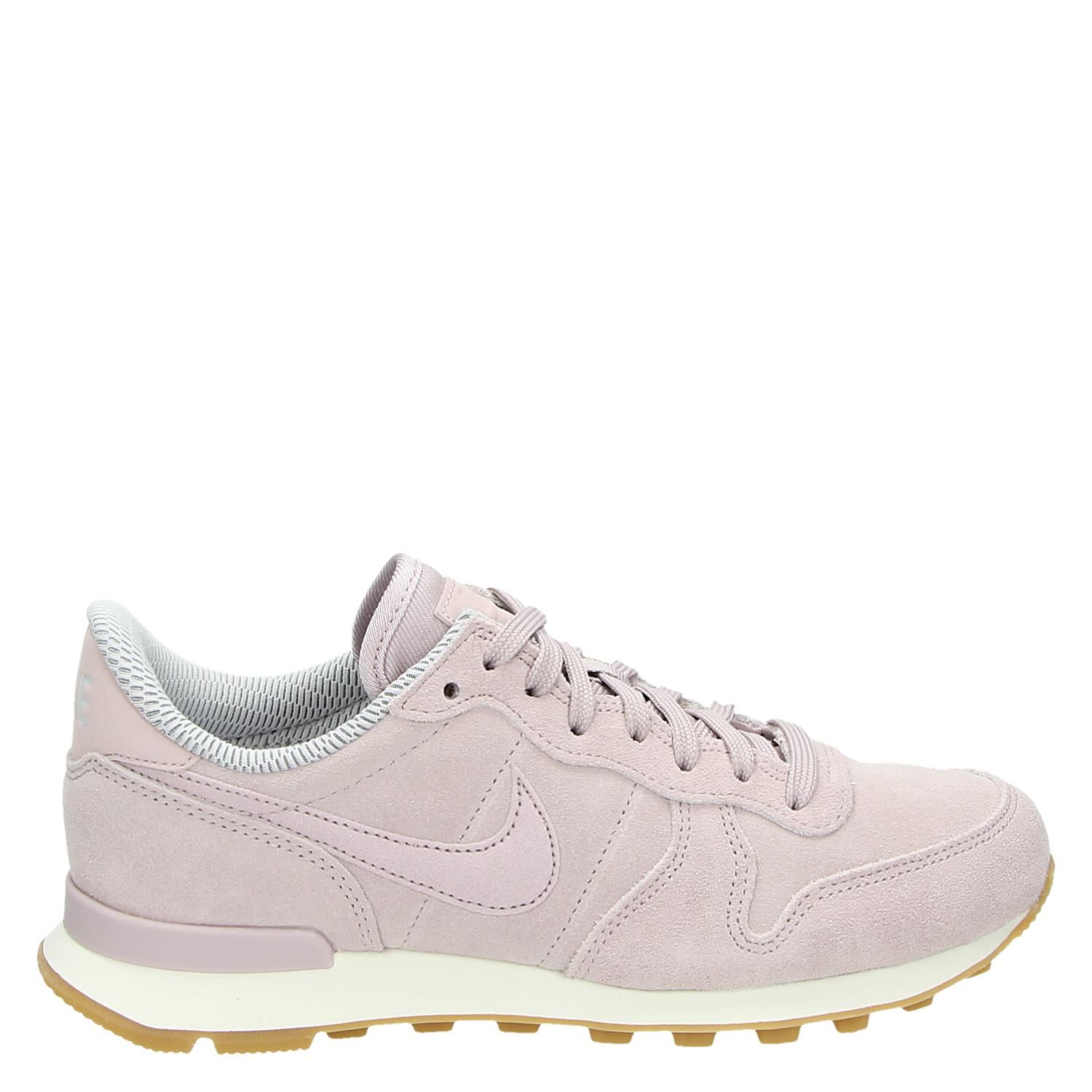 b05321f77f3 Nike Internationalis dames lage sneakers roze