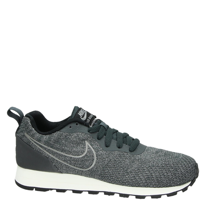 Nike MD Runner damessneaker zwart
