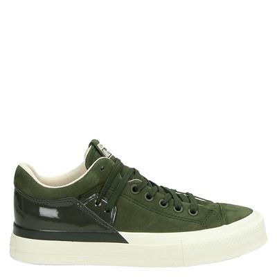 d sneakers