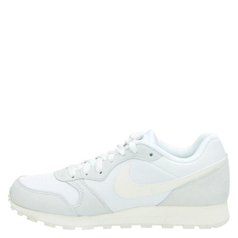 Nike MD runner seasonal - Lage sneakers - Wit