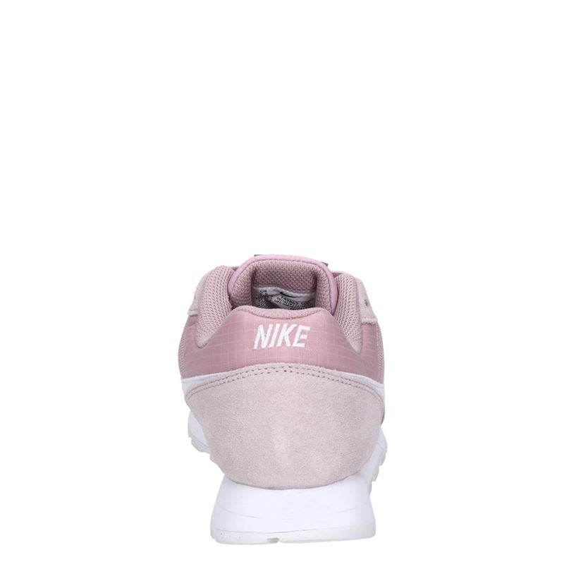 Nike MD runner seasonal - Lage sneakers - Roze