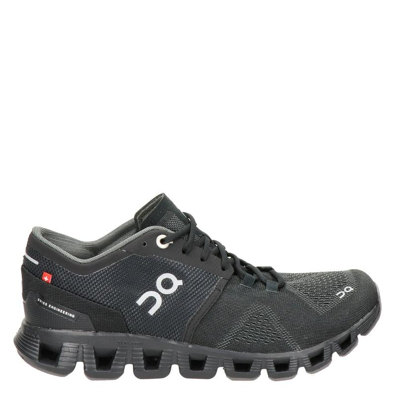 On Running Cloud X - Lage sneakers - Zwart