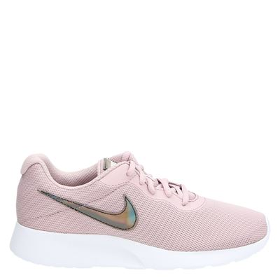 Nike Tanjun - Lage sneakers