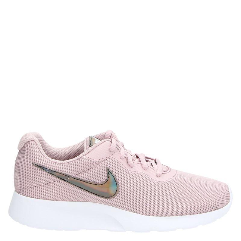Nike Tanjun - Lage sneakers - Roze