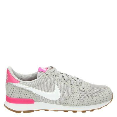 Nike dames lage sneakers grijs