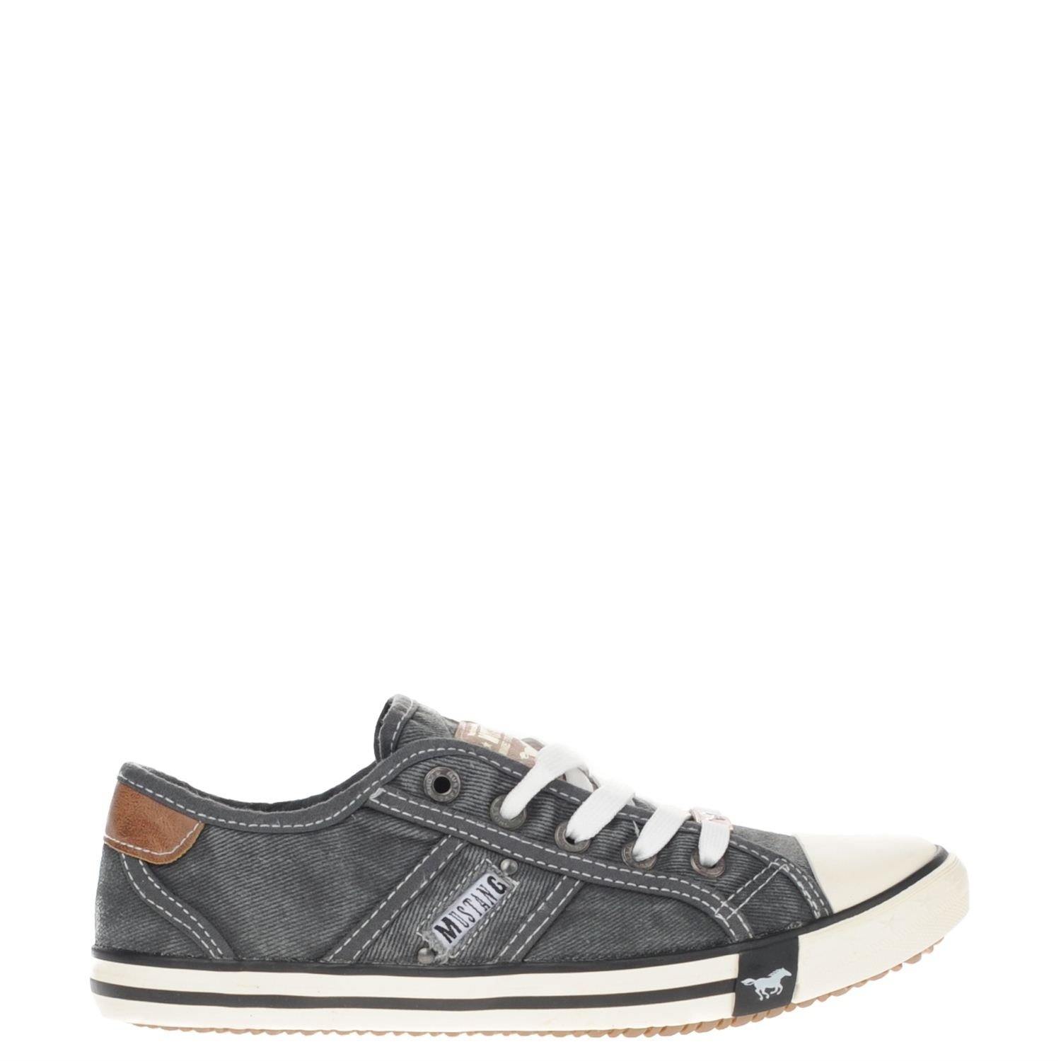 Chaussures Gris Chaussure Mustang Mustang À Lacets wwHgbCs5