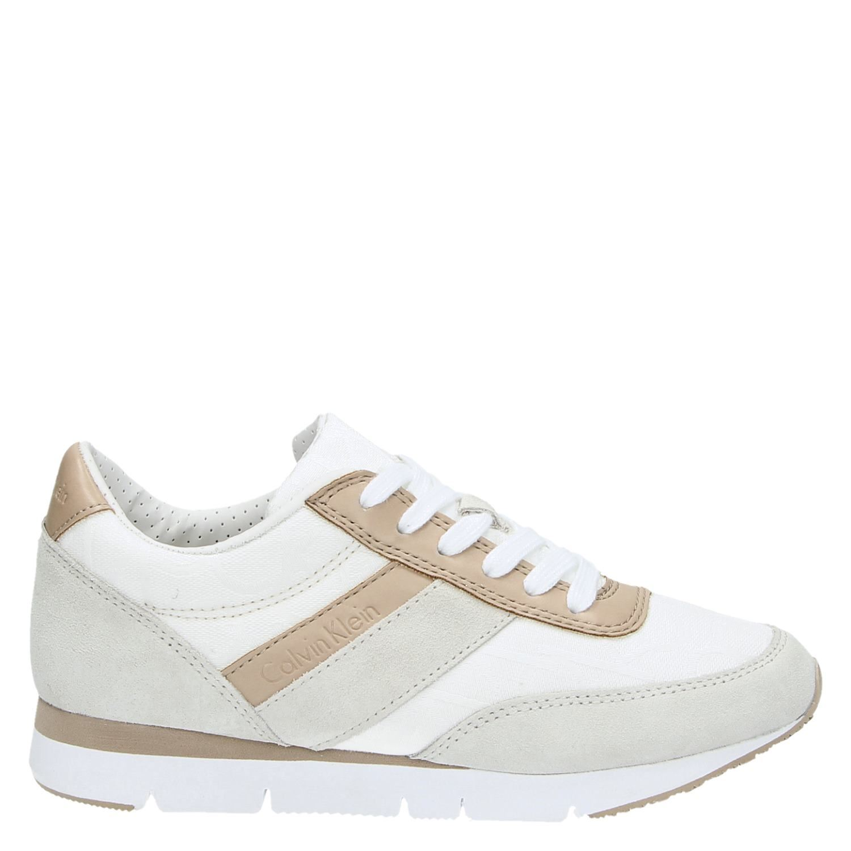 b3dbde6cca8 Calvin Klein Tea - Lage sneakers - Zwart - Shoemixx.nl