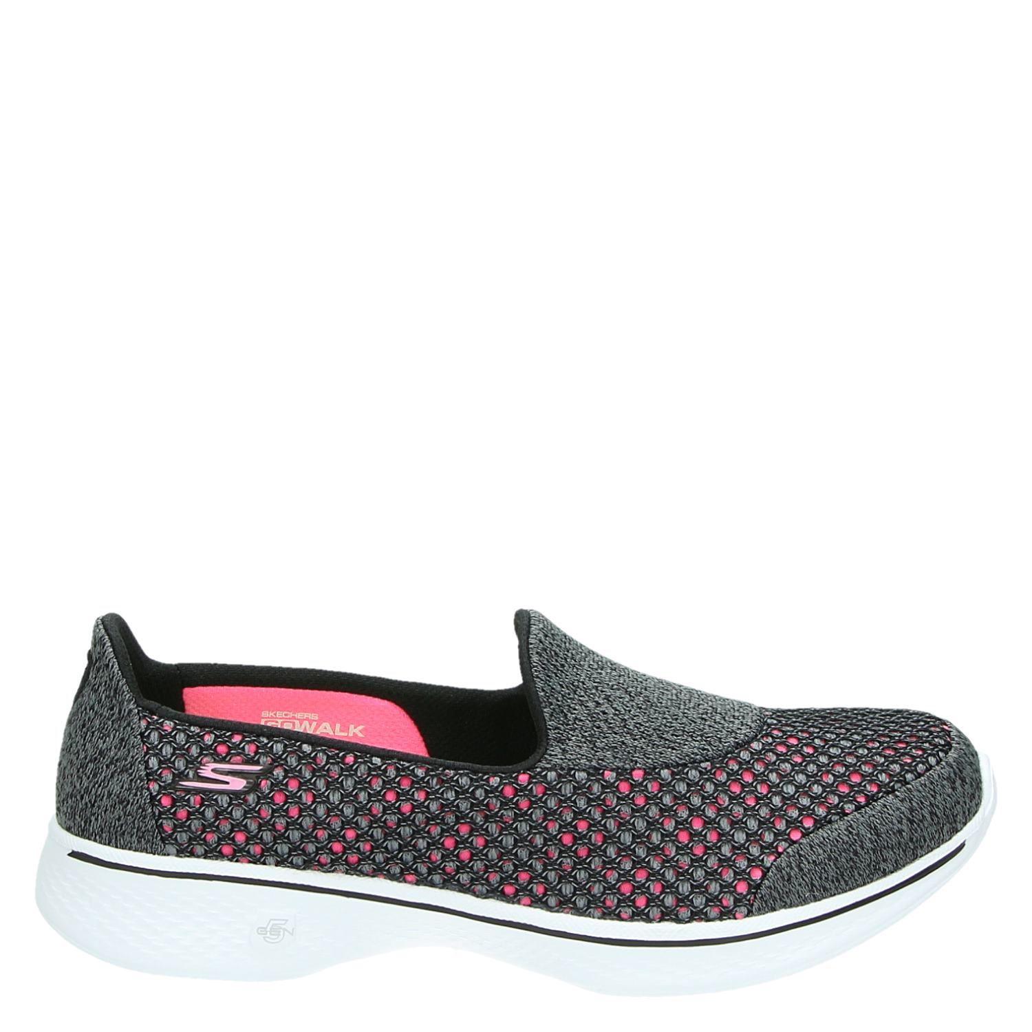 Chaussures Noires Pour Les Femmes Entrée Skechers 0oGucR