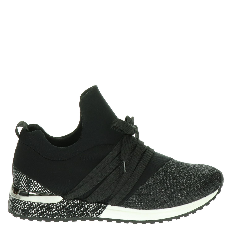 Chaussures Noires À 47,5 Pour Les Femmes