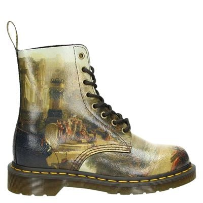 Dr. Martens dames boots beige