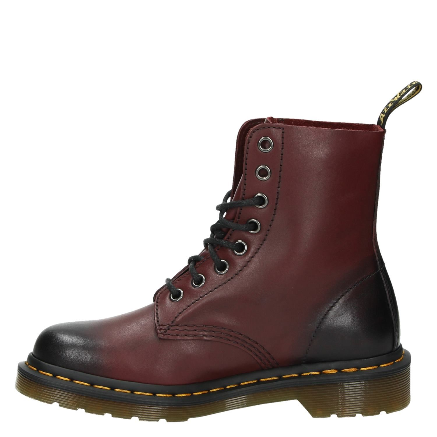 dr martens pascal rood