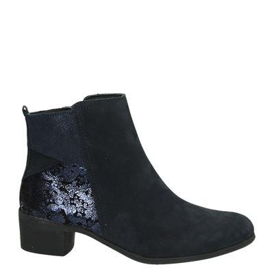 d boots gekleed/ 0-2