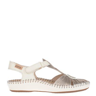Pikolinos dames sandaal geheel uitgevoerd in leer. door het zachte en soepele leren voetbed is de sandaal ...