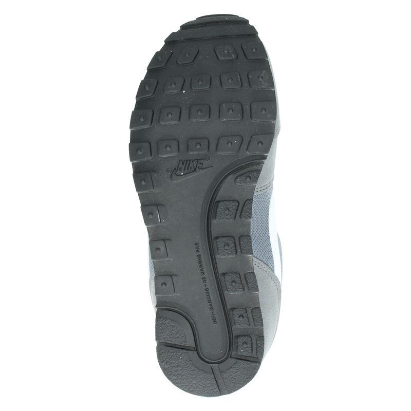 Nike MD Runner - Lage sneakers - Grijs