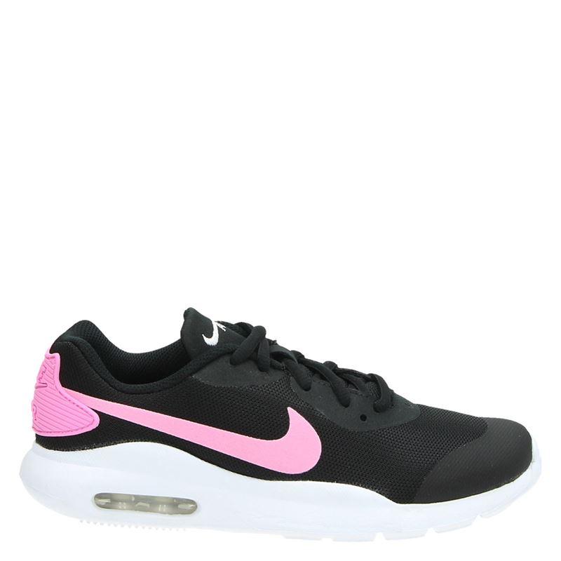 Nike Air Max Oketa - Lage sneakers - Zwart