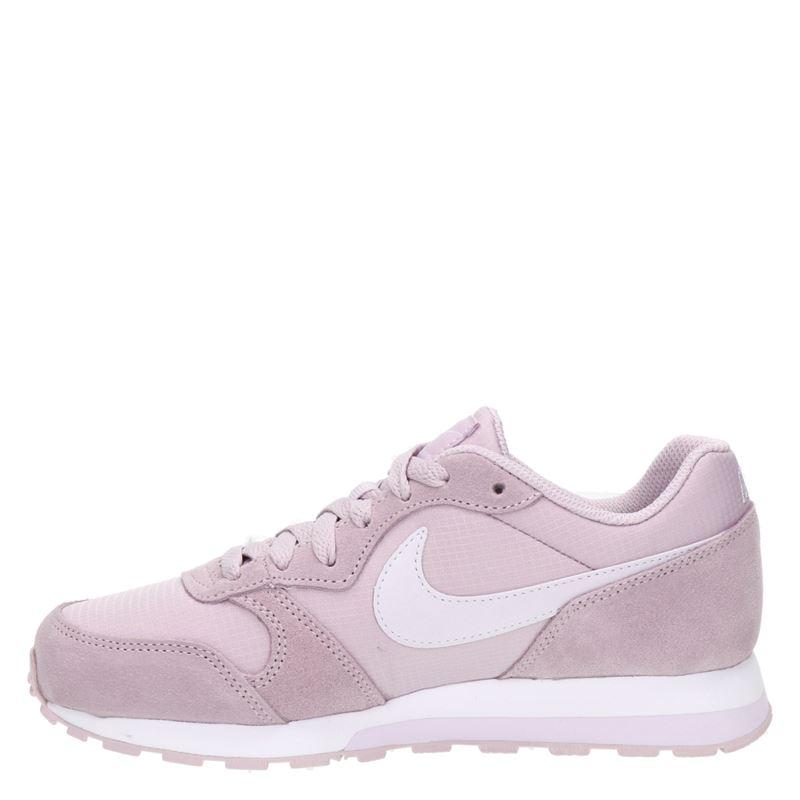 Nike MD Runner 2 - Lage sneakers - Roze