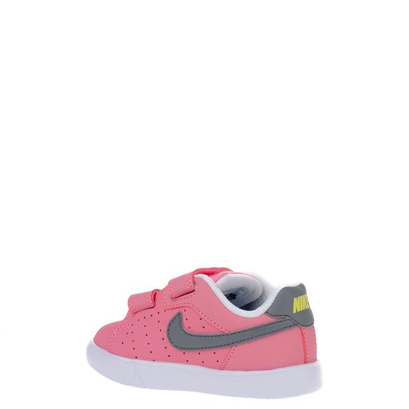 nike schoenen maat 21