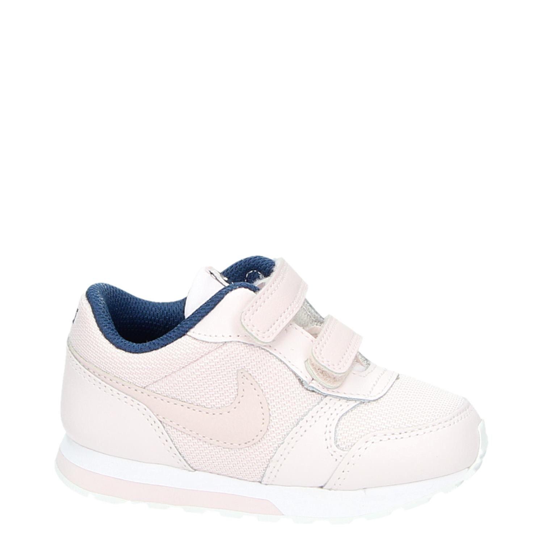 Nike MD Runner kindersneaker roze
