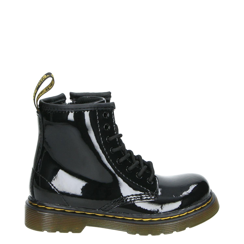 verkooppunten dr martens schoenen