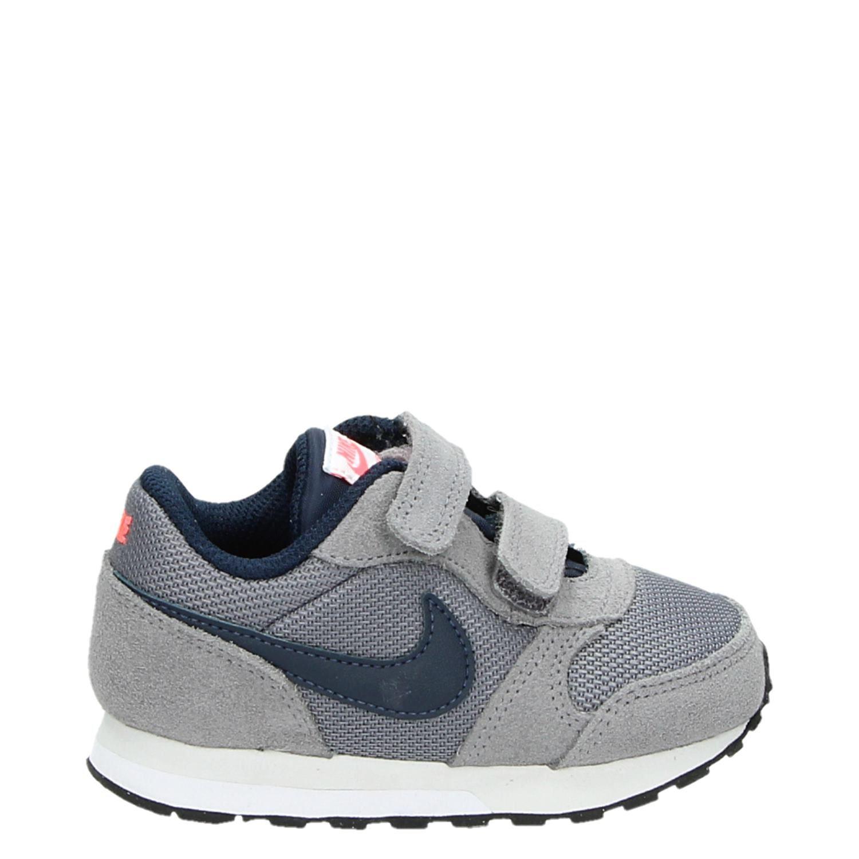 67b13cd7b86 Nike MD Runner 2 Baby jongens/meisjes babyschoenen grijs